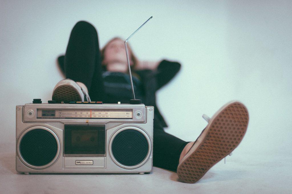 איך הרדיו תופס מקום בחיינו - במהלך השנים