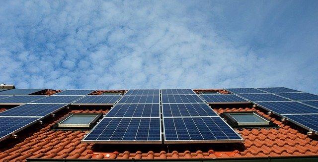 האם משתלם - להשקיע בייצור עצמי של חשמל