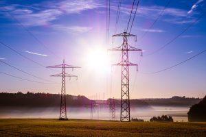 האם משתלם להשקיע בייצור עצמי של חשמל