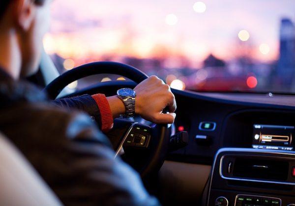 השכרת רכב בארץ: השוואת מחירים ומידע שכדאי לדעת